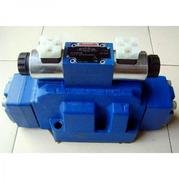 REXROTH 4WE 10 R3X/CG24N9K4 R900598583 Directional spool valves #1 image